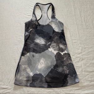Lululemon Women's Gray Racerback Tank Top